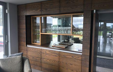 veneered & solid wood units